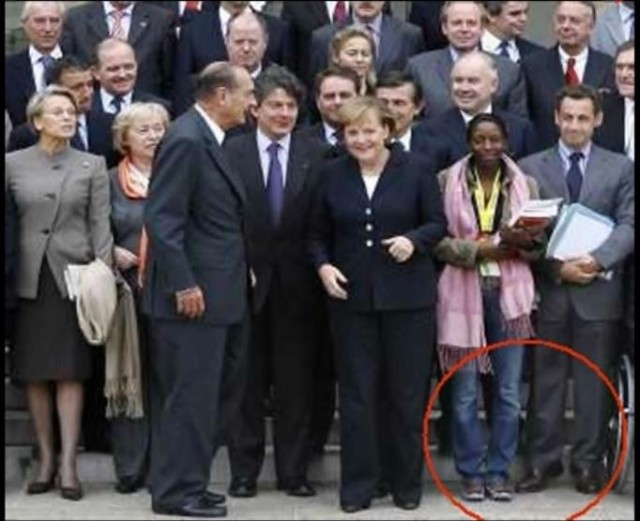 Sarkozy-probleme-de-taille-3