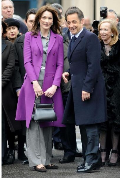 Sarkozy-probleme-de-taille-2