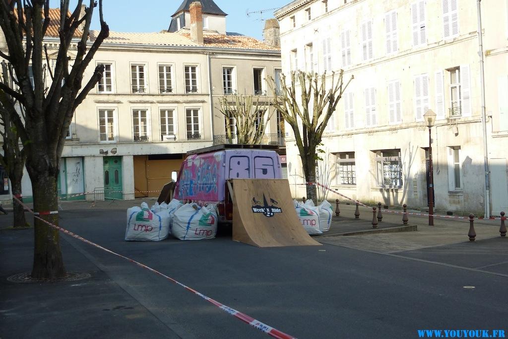 Week'N Ride Bmx Contest à Fontenay - Van peint