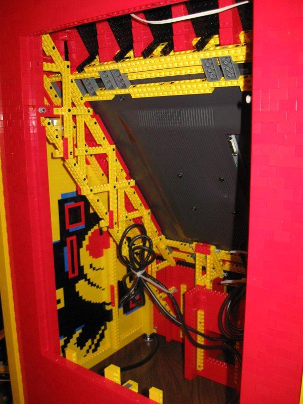 Borne arcade Lego vue interne