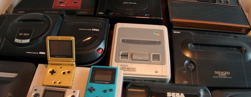 Florilège de consoles de jeux vidéos (clic: source)
